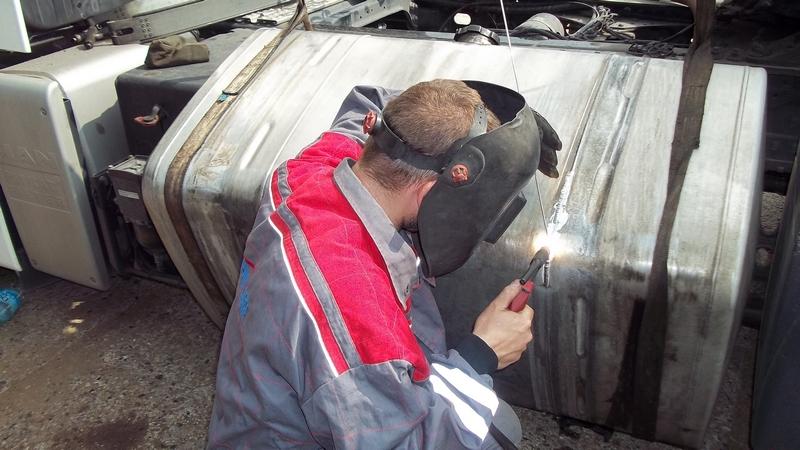 Oprava palivové nádrže - hliník